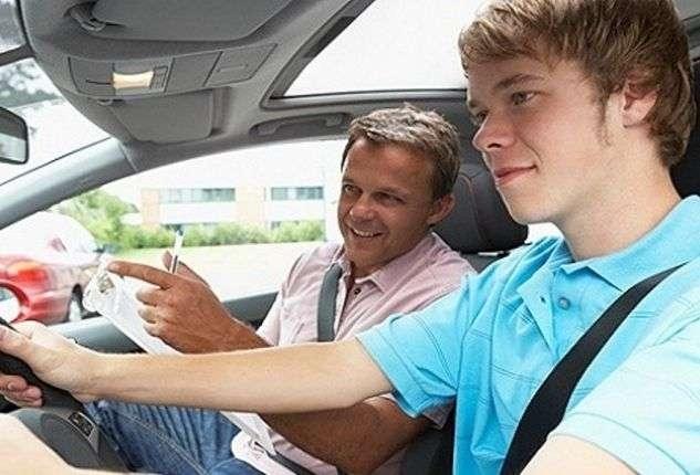 Инструктор по вождению в Севастополе